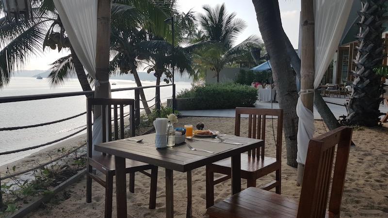Завтрак в отеле выглядит как фотография из рекламы пассивного дохода