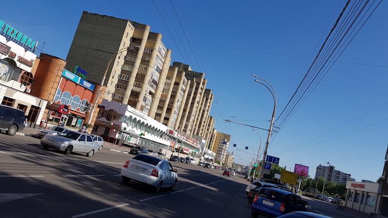Одна из центральных улиц. Гулять - приятно!